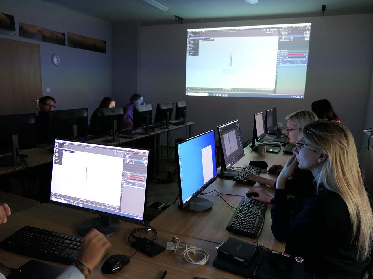 pracownia komputerowa w szkole sowa-edu